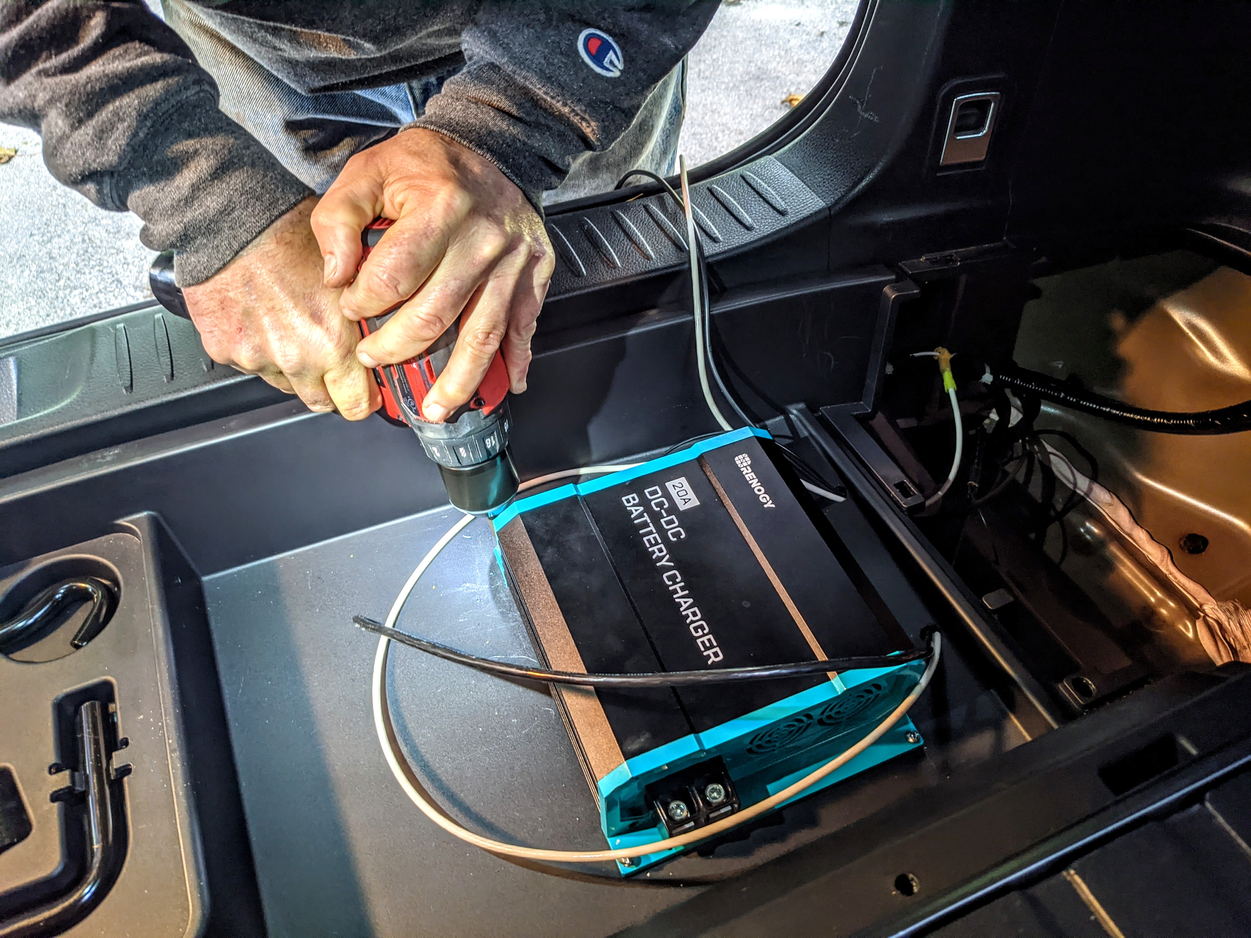 Effectively Charge Your Rv Batteries While Driving Renogy United States
